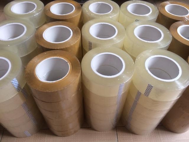 Băng keo OPP loại 0.5kg/1 cuộn lõi nhựa 5mm