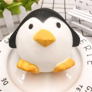 SquiShy chim cánh cụt tròn
