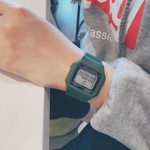 [Freeship 99k] Đồng hồ thể thao nữ Shhors size 30mm mặt vuông