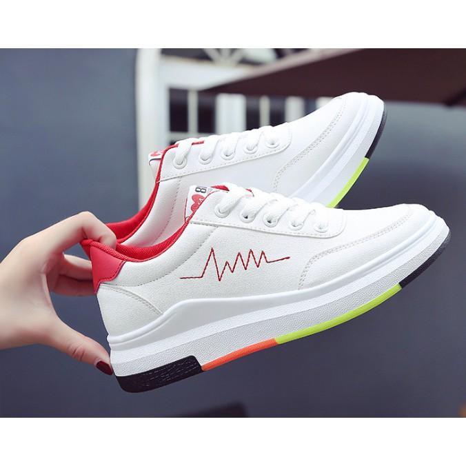 (Freeship, Tặng chai xịt trắng giày) Giày thể thao nữ độn đế màu trắng xinh có ảnh thật