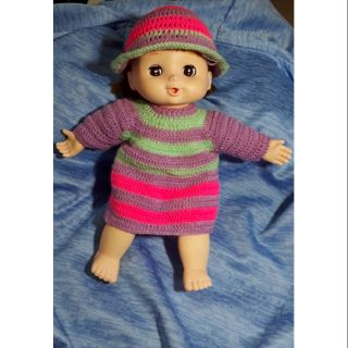 Búp bê mặc áo đầm và nón len handmade
