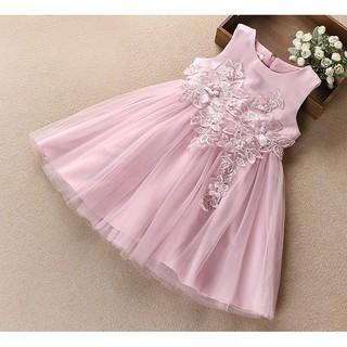 Váy công chúa đính hoa rơi