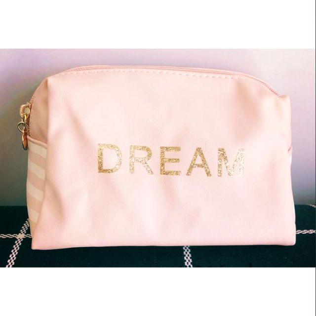 Túi mỹ phầm nền hồng phối chữ Dream