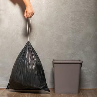 cuộn túi đựng rác có dây rút tự hủy sinh học 25L Vipaco 7