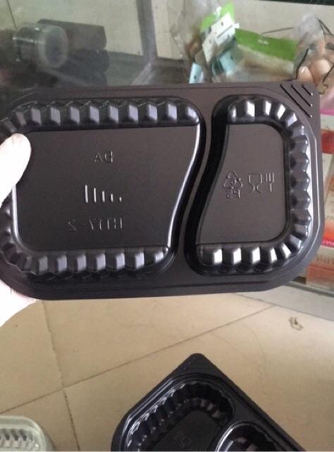 100 hộp nhựa đế đen Ht17 2 ngăn . Hộp đựng cơm 2 ngăn .