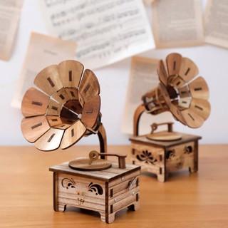 Hộp nhạc bằng gỗ diy hình máy hát nhạc cổ điển cao cấp