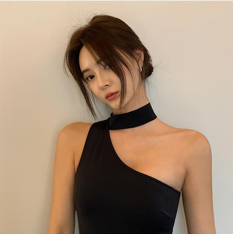 Mặc gì đẹp: Tắm biển vui với Đồ Tắm Một Mảnh Phong Cách Hàn Quốc Quyến Rũ Cho Nữ 2021