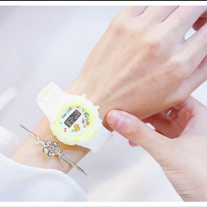 Đồng hồ dây cao su nữ