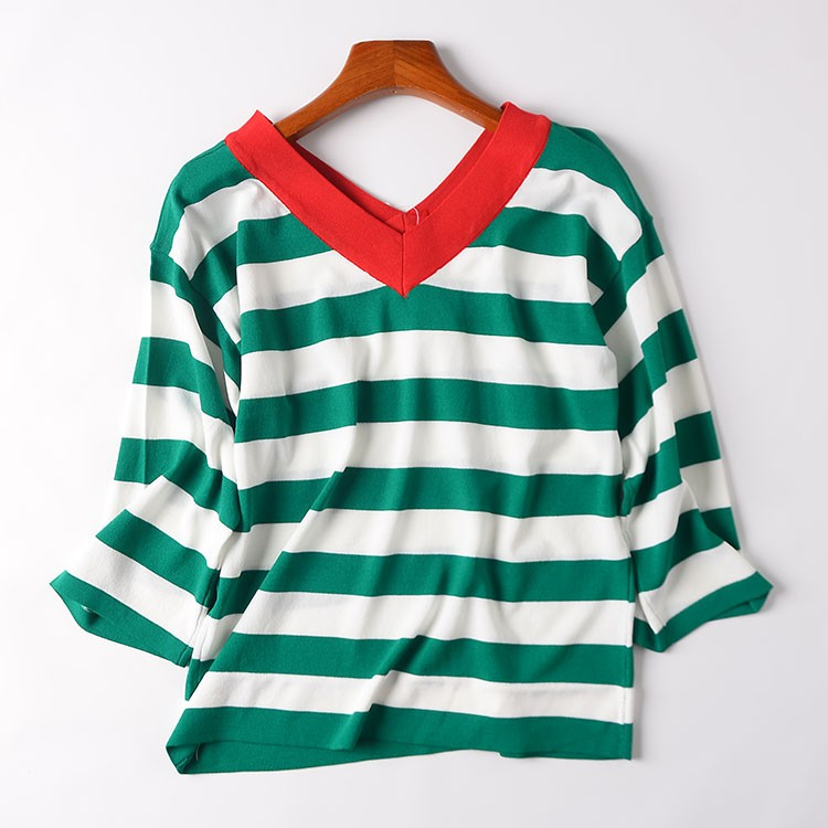 [Ice Point straight down] H@27 V-neck long-sleeved striped sweater autumn color