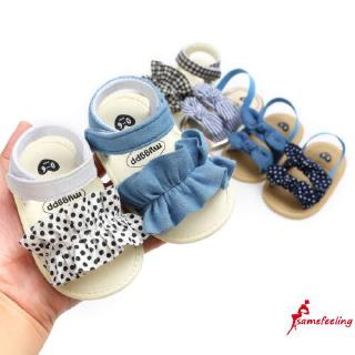 Giày Sandal Đế Bằng Cột Nơ Cho Bé Gái