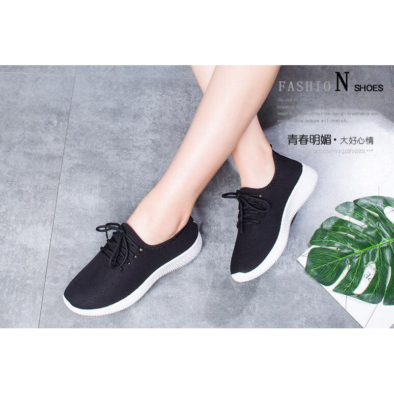 Giày thể thao nữ sneakers vải trơn 2 màu đen và đỏ cưc chất (AT) - 3365871 , 1336221501 , 322_1336221501 , 195000 , Giay-the-thao-nu-sneakers-vai-tron-2-mau-den-va-do-cuc-chat-AT-322_1336221501 , shopee.vn , Giày thể thao nữ sneakers vải trơn 2 màu đen và đỏ cưc chất (AT)
