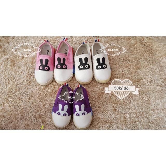 Giày bata con thỏ