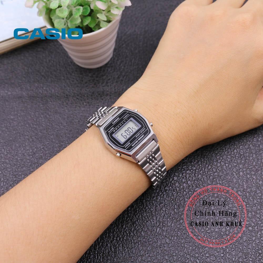 Đồng hồ điện tử nữ Casio LA690WA-1DF dây kim loại