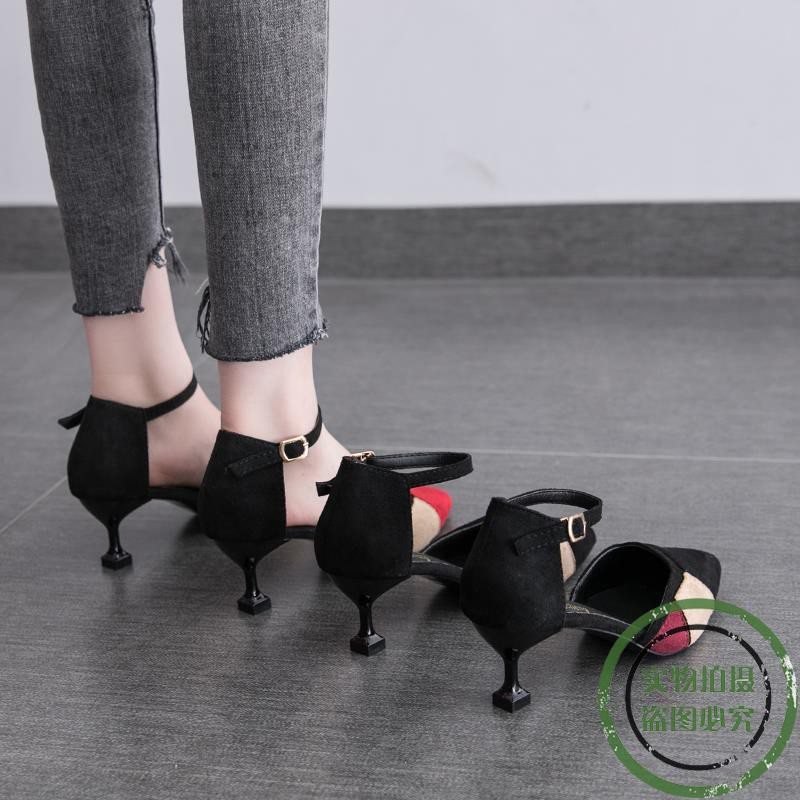 ❤️Korean version of the spring hollow pointed sandals thin h