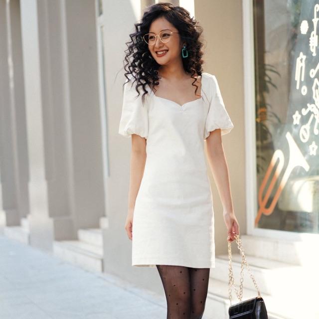 Váy trắng linen