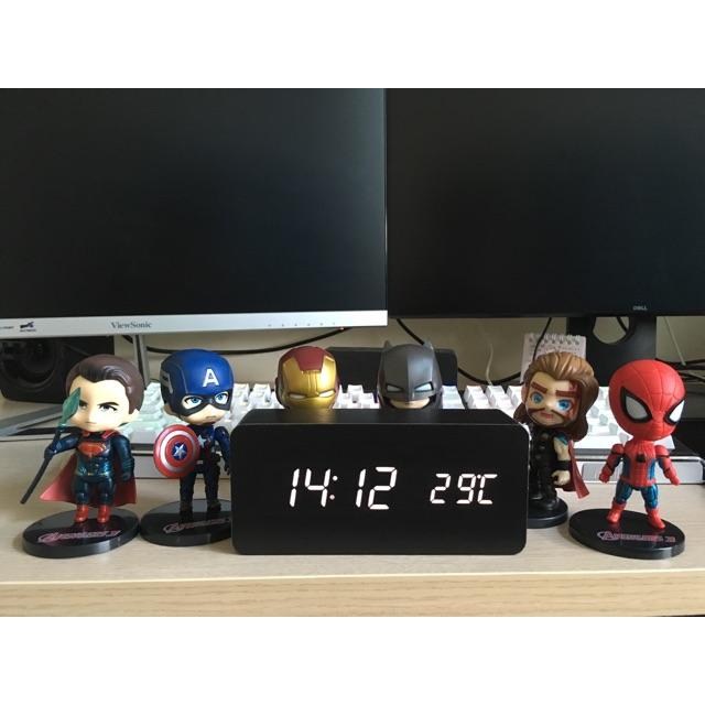 Combo đồng hồ gỗ Led để bàn + 6 nhân vật Avenger