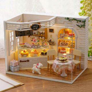 Mô hình nhà gỗ búp bê dollhouse DIY – H014 Cake Shop