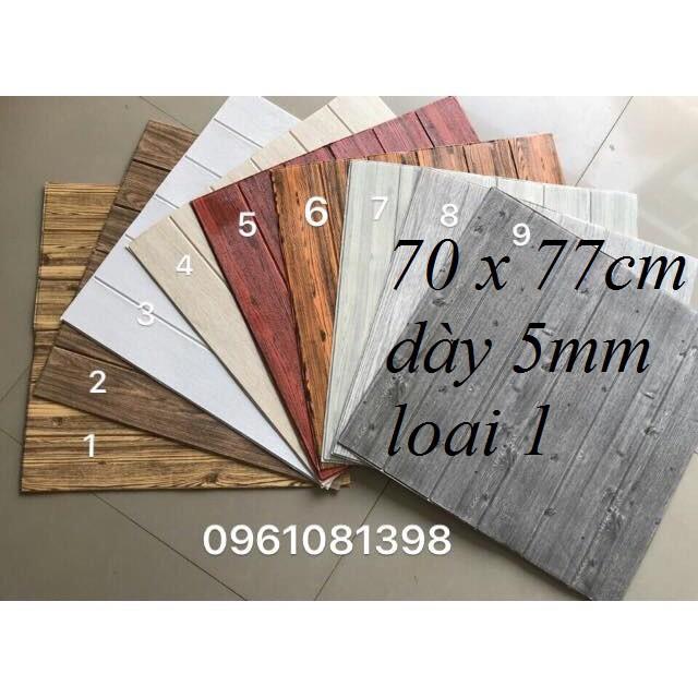 Xốp dán tường giả gỗ khổ 70x70cm dày 5mm