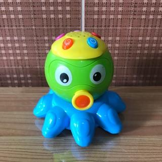 đồ chơi sinh vật biển phát nhạc