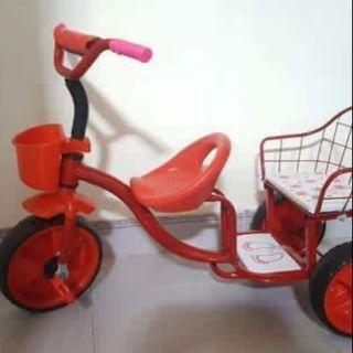 Xe đạp đôi về Khung xe bằng thép sơn tĩnh điện, hàng VN chất lượng cao đảm bảo các tiêu chuẩn an toàn cho bé yêu..