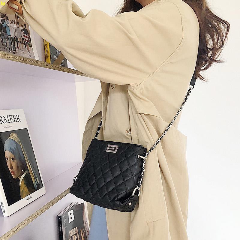 2019 Korean version of the summer new fashion rhombic chain small bag ladies pu