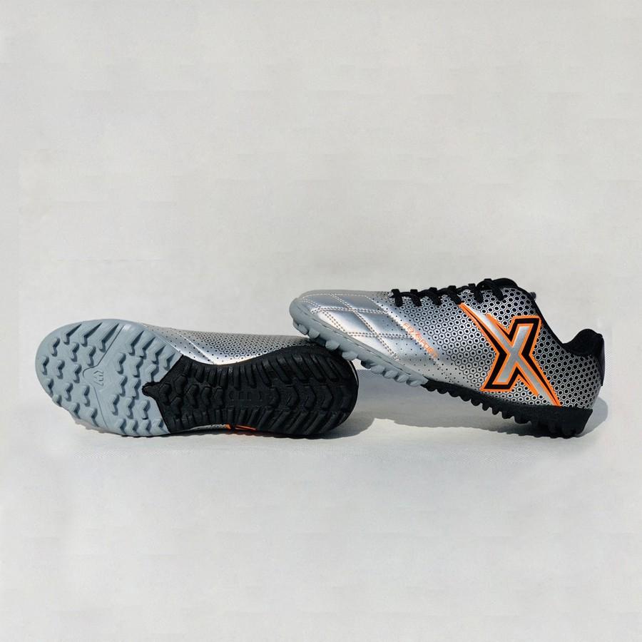 Giày bóng đà FeX2 màu bạc