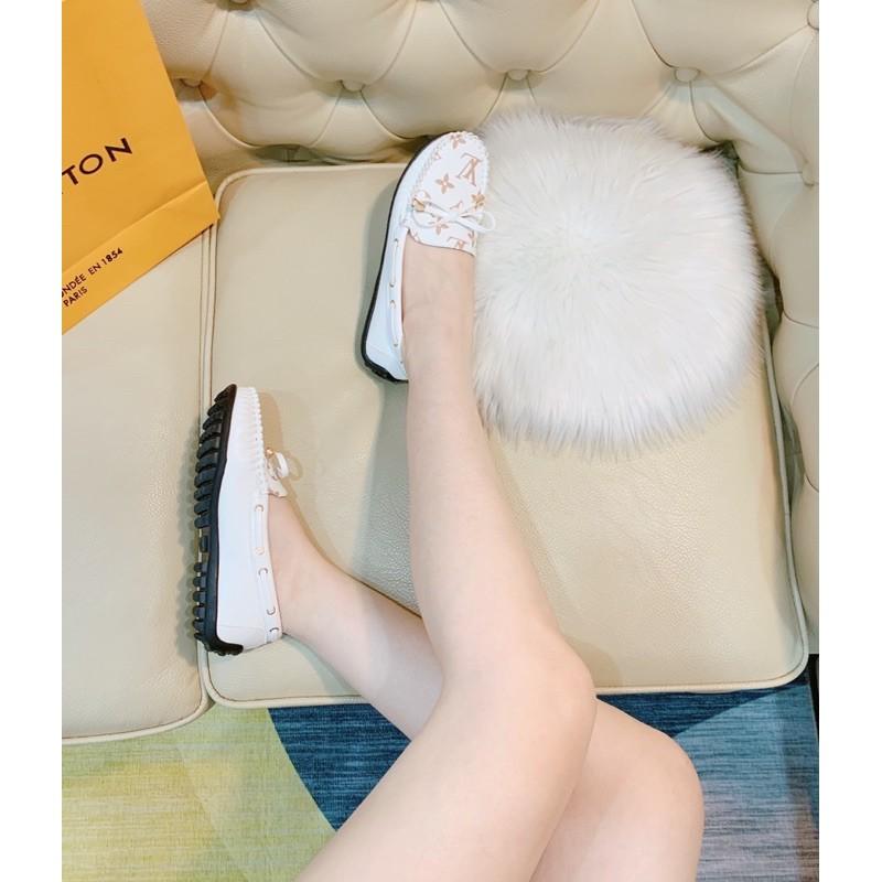 Giày moca nơ chuông, đế cao su chống trượt, da mềm có box