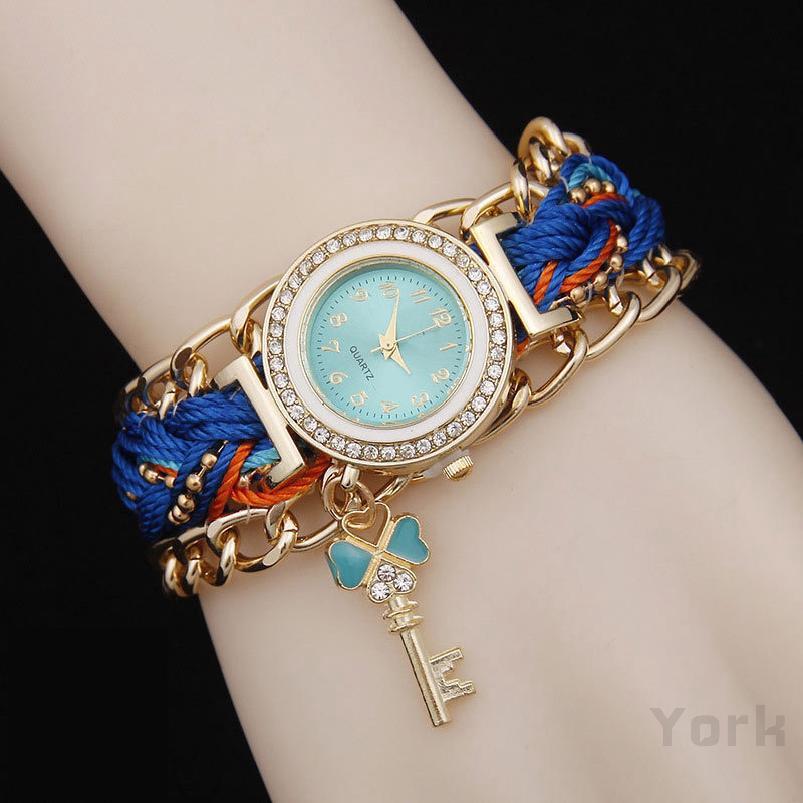 ผู้หญิงนาฬิกาสไตล์ชาติพันธุ์เชนถักพวงกุญแจจี้ด้วยเพชร 297