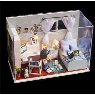 Mô hình nhà búp bê gỗ – phòng ngủ của chàng họa sĩ trẻ với chăn và ghế đệm caro
