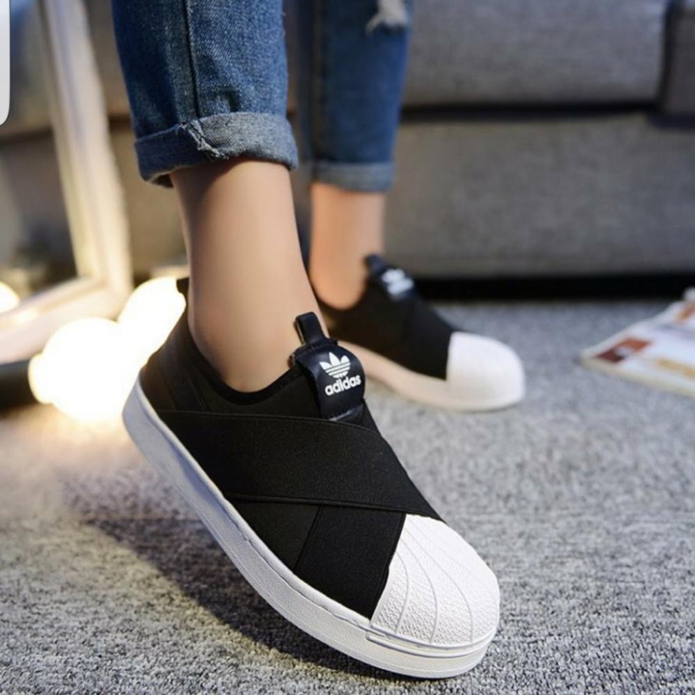 [FULL BOX] Giày Adidas Slip On mũi sò quai chéo màu đen trắng - 2628517 , 659023706 , 322_659023706 , 190000 , FULL-BOX-Giay-Adidas-Slip-On-mui-so-quai-cheo-mau-den-trang-322_659023706 , shopee.vn , [FULL BOX] Giày Adidas Slip On mũi sò quai chéo màu đen trắng