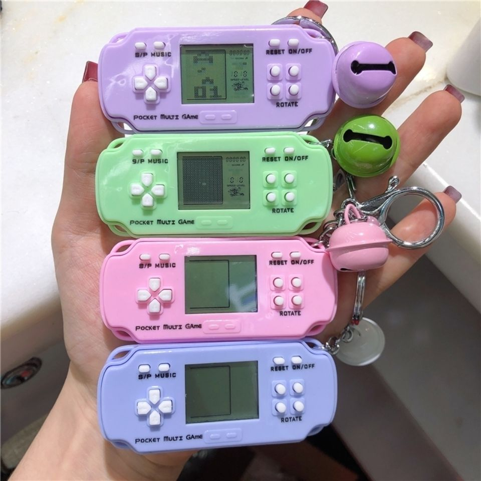 Creative New Childhood Game Console Keychain Pendant Mini Tetris Handheld Game Console Nostalgic Bag Hanging