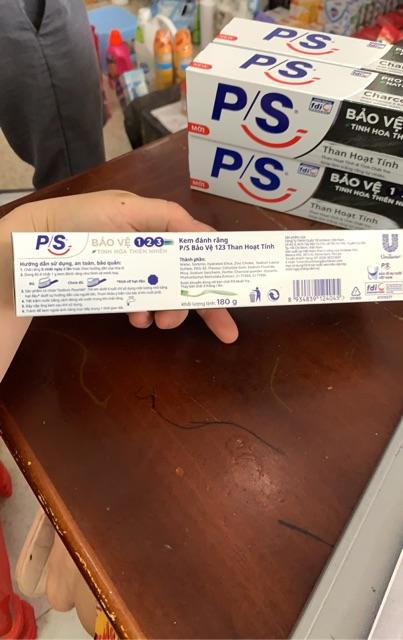 Kem Đánh Răng P/S Bảo Vệ 123 - Tinh Hoa Thiên Nhiên (Than Hoạt Tính) 180g