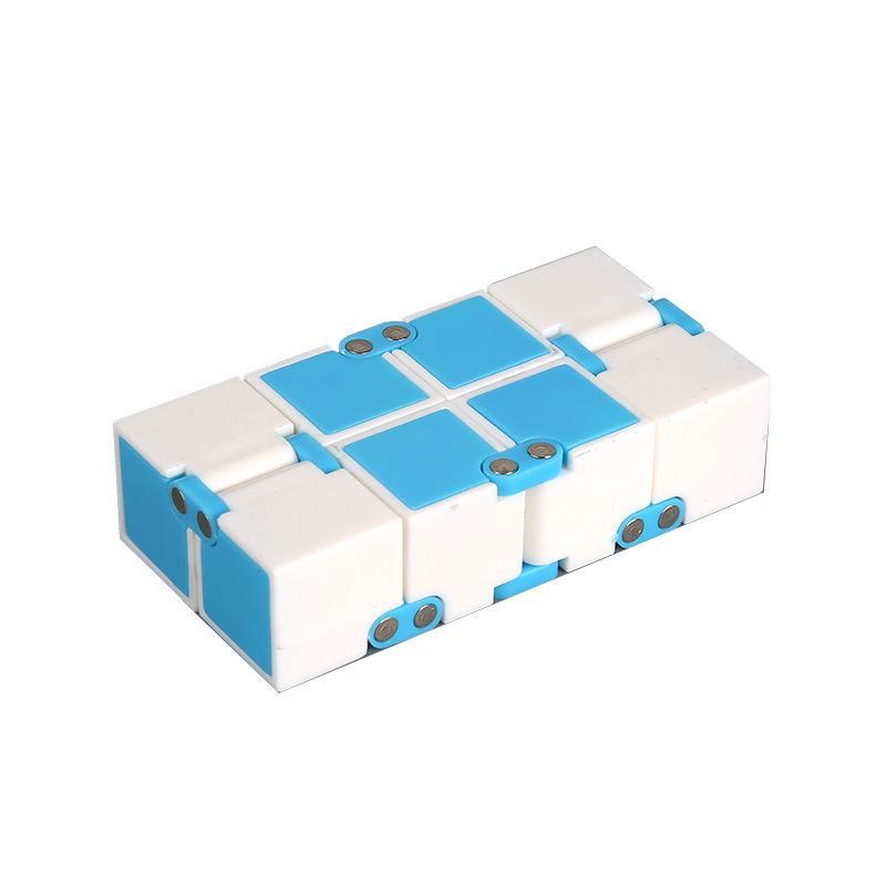 Trò chơi Rubik Infinity Cube Chọn màu thumbnail