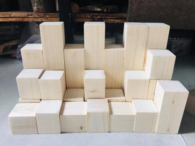 Gỗ thông khối lego