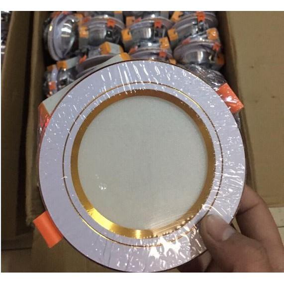 Đèn LED âm trần 9w đổi màu viền vàng ph