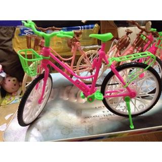 Xe đạp búp bê