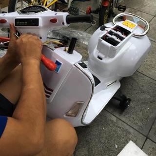 Xe máy điện trẻ em vespa