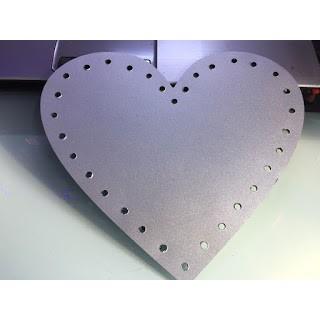 Tấm Mica - Alu hình trái tim màu Bạc