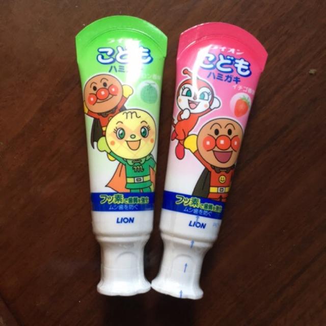 Kem đánh răng trẻ em Lion 40 ml (Dưa bở và Dâu tây)