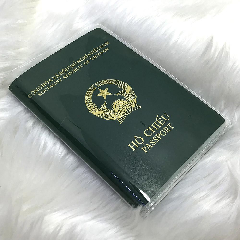 Bìa passport trong suốt