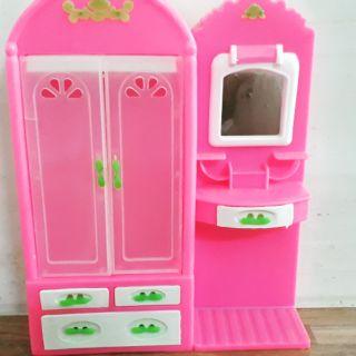Tủ đựng đồ cho búp bê(màu hồng)