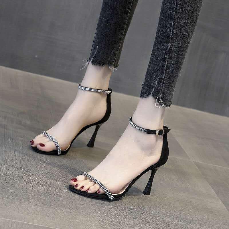 (Bảo hành 12 tháng) Giày sandal cao gót nữ quai mảnh đính đá - Giày nữ gót cao 7cm da mềm 2 màu Đen , Kem  - Linus LN272