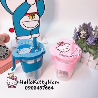 Ly nhựa Hello Kitty và Doremon