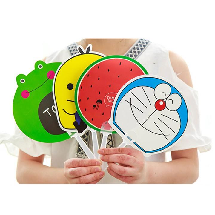 Quạt nhựa cầm tay cute dễ thương hình thú hoa quả – Quạt tròn cầm tay BTS