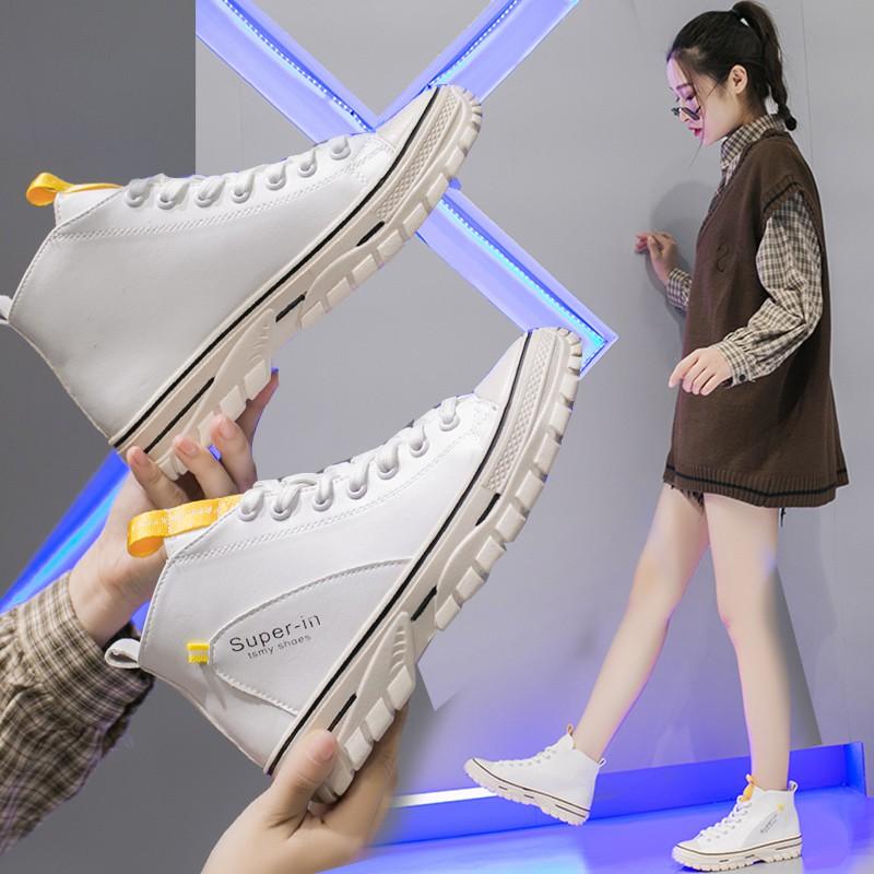 【จัดส่งฟรี】้าเกาหลีนักเรียนกีฬาป่ามาร์ตินรองเท้ารองเท้าผู้หญิงรองเท้าฤดูใบไม้ร่วง