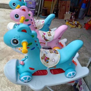 Combo 2 ngựa bập bênh bánh xe