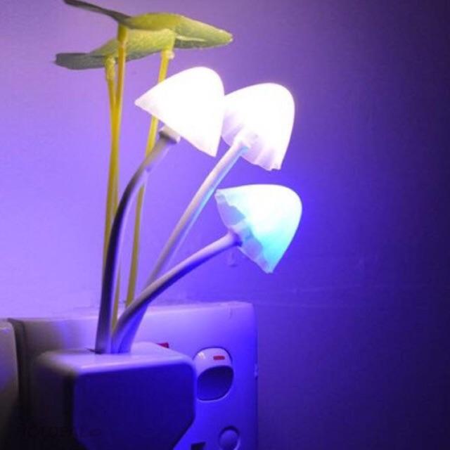 Combo 15 Đèn ngủ 3 cây nấm cảm ứng tự sáng khi trời tối - 2508145 , 881908315 , 322_881908315 , 250000 , Combo-15-Den-ngu-3-cay-nam-cam-ung-tu-sang-khi-troi-toi-322_881908315 , shopee.vn , Combo 15 Đèn ngủ 3 cây nấm cảm ứng tự sáng khi trời tối