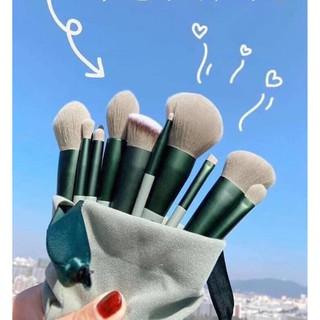 Bộ Cọ Xanh Pastel 13 Cây Lông Mềm Mượt, Set cọ 13 món dành cho người mê trang điểm, Bộ 13 cây cọ trang điểm màu xanh bơ thumbnail