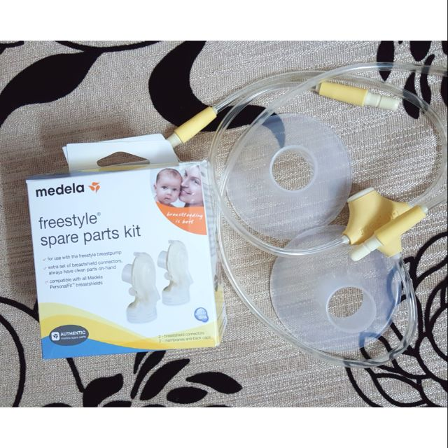 Combo phụ kiện cổ, dây, phễu Medela Freestyle - 3062852 , 844925753 , 322_844925753 , 1660000 , Combo-phu-kien-co-day-pheu-Medela-Freestyle-322_844925753 , shopee.vn , Combo phụ kiện cổ, dây, phễu Medela Freestyle