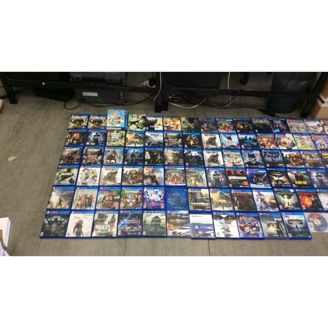 Đĩa game PS4 bản quyền giá siêu rẻ